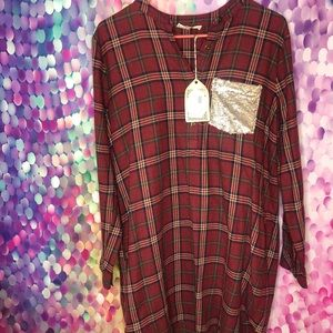 Plaid dress with sequin pocked